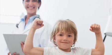 Vědí vaše děti, že píchnutí injekcí nebolí, jenom štípne?