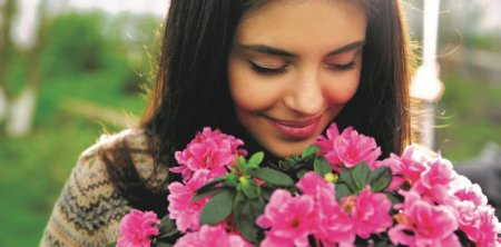 K nákaze HPV může dojít už při prvním pohlavním styku
